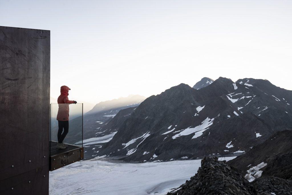 Pico Ötzi 3251m: Alcanzando la cima 12