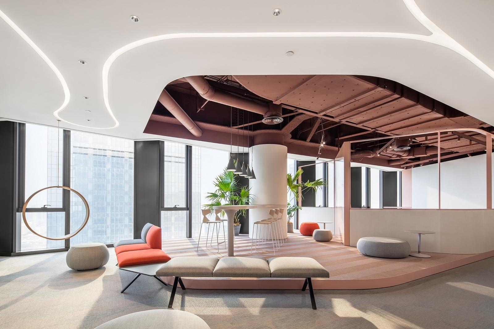 Nueva oficina de Silk Road 31