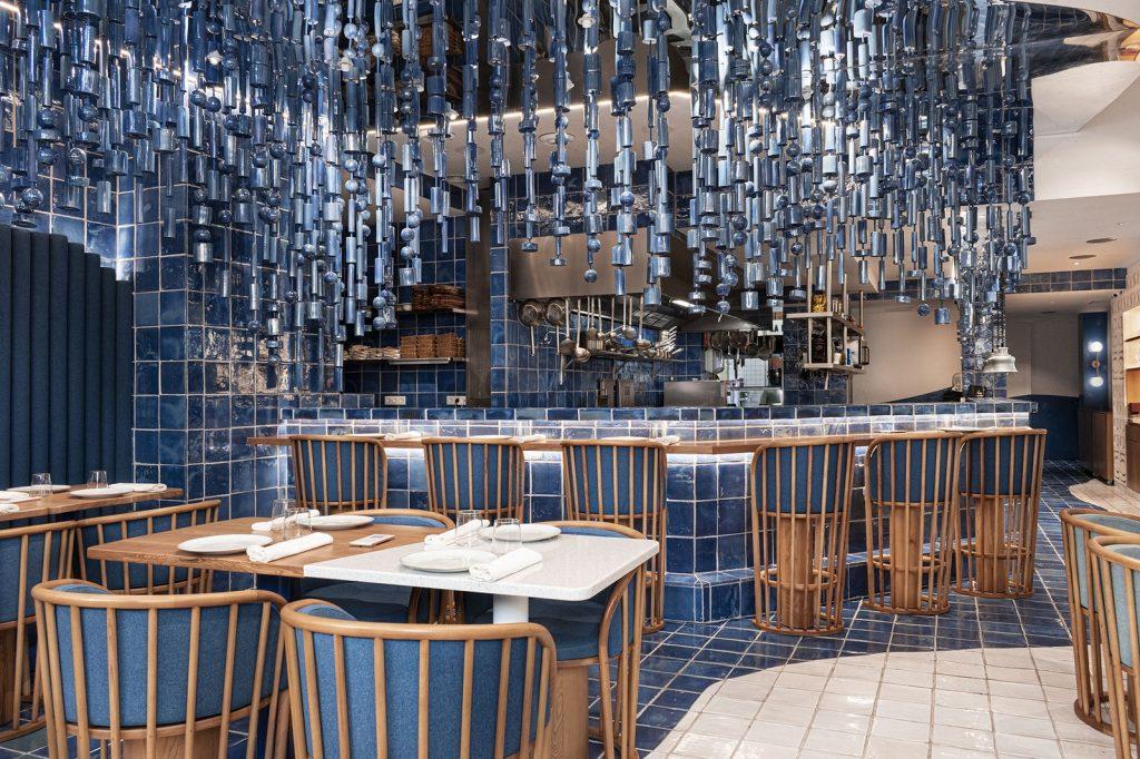 Masquespacio diseña restaurante La Sastrería en Valencia 4