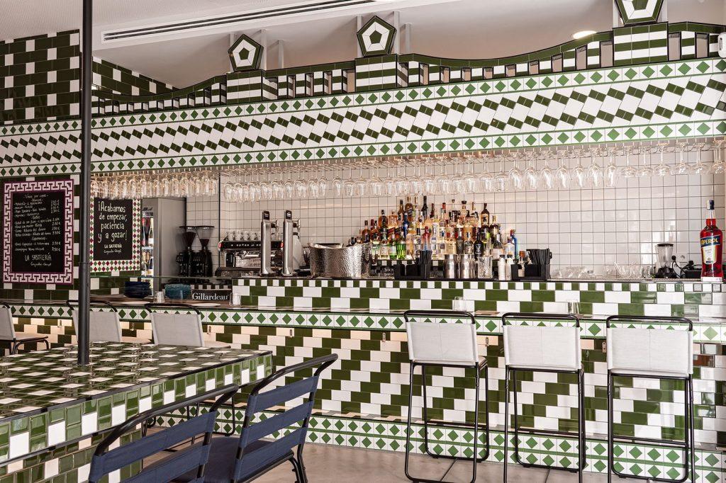 Masquespacio diseña restaurante La Sastrería en Valencia 8