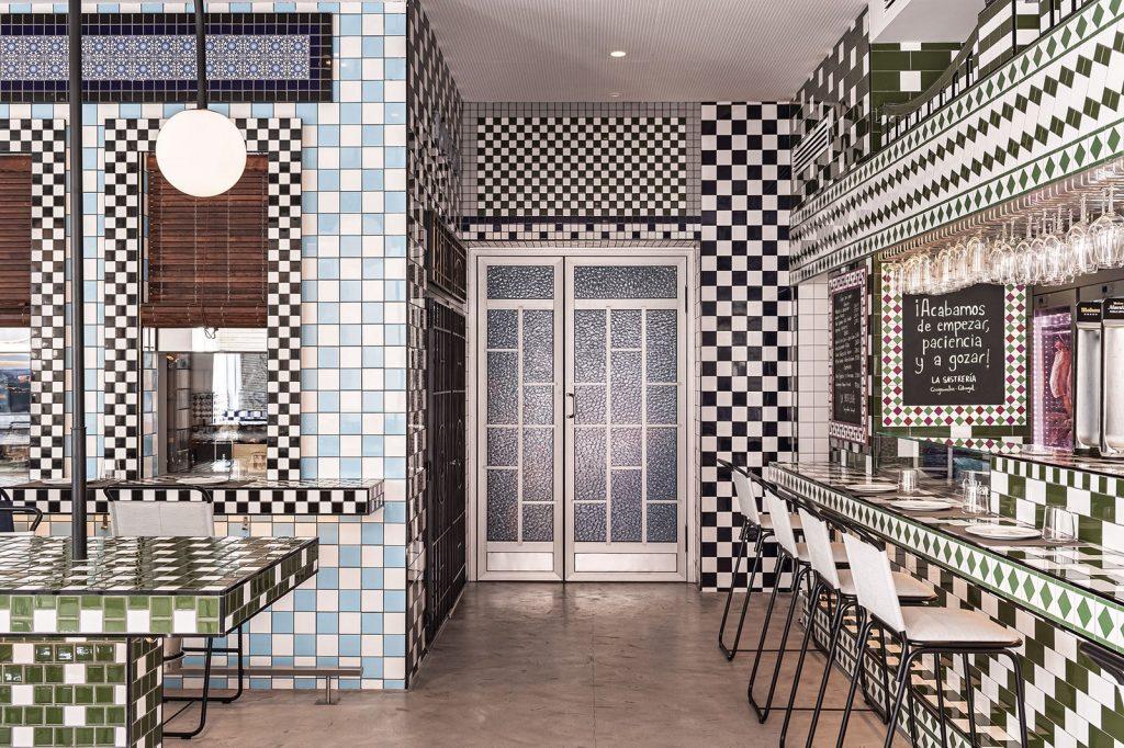 Masquespacio diseña restaurante La Sastrería en Valencia 10