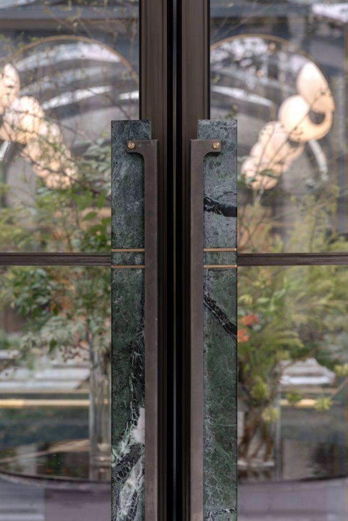 Hotel Blackstone M + 8