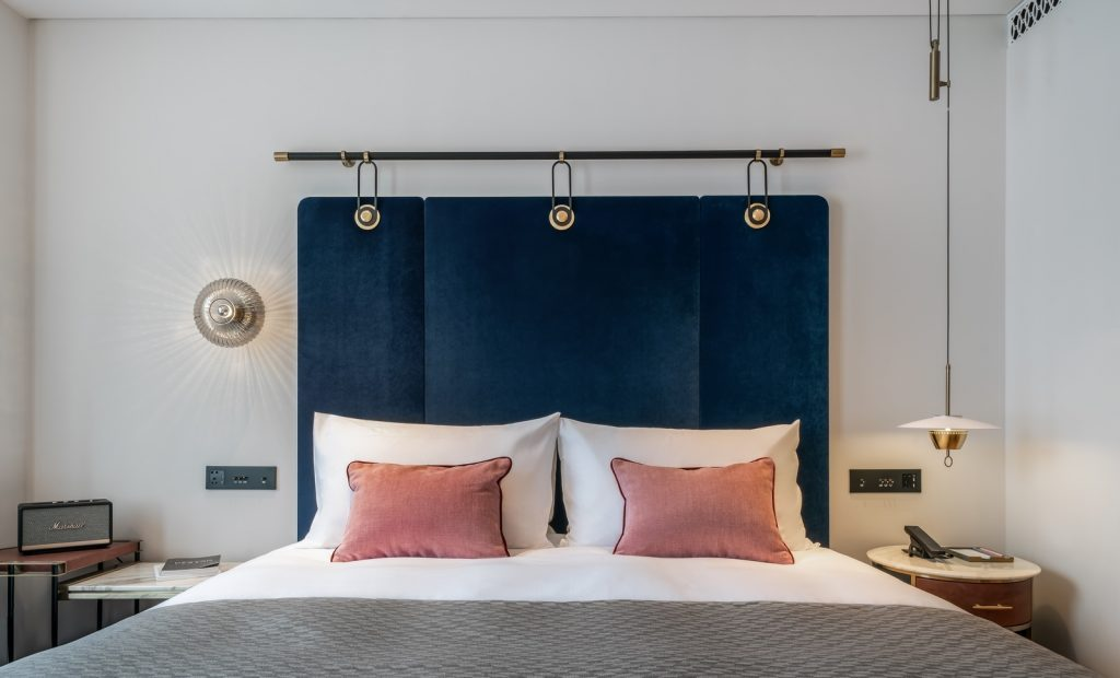 Hotel Blackstone M + 25