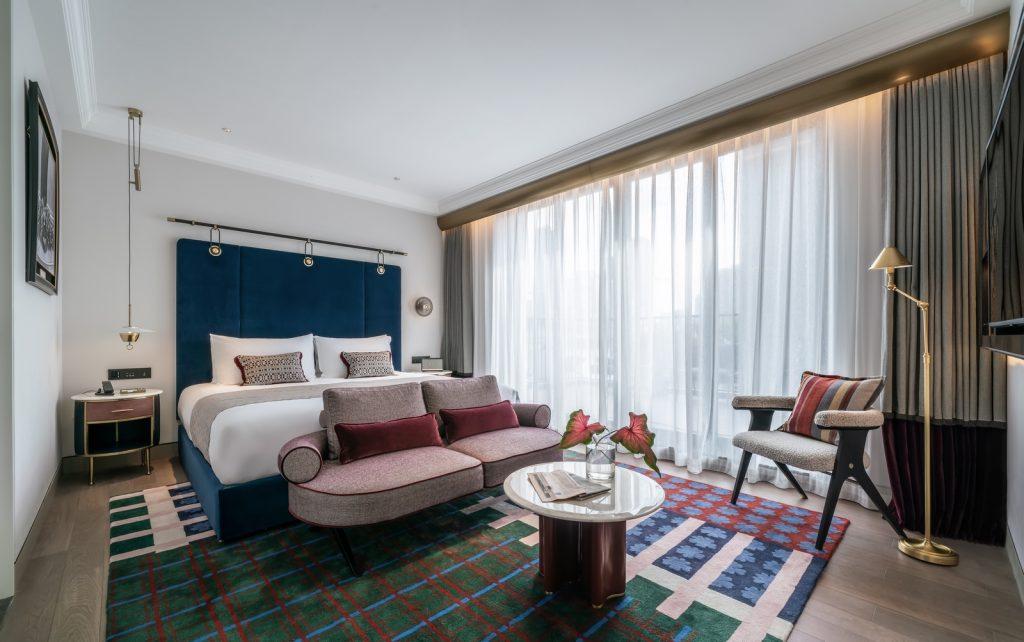 Hotel Blackstone M + 27