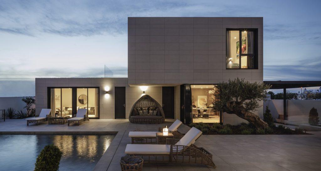 Modularidad en arquitectura y diseño: Vivienda a medida en Sevilla con un interiorismo mediterráneo 1