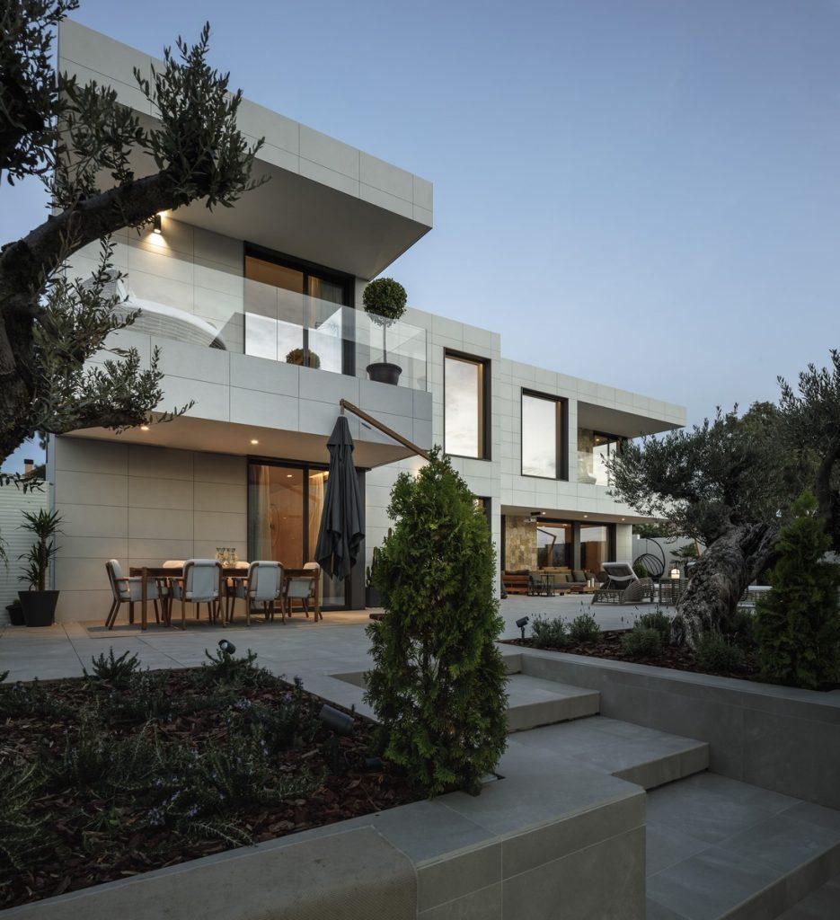 Modularidad en arquitectura y diseño: Vivienda a medida en Sevilla con un interiorismo mediterráneo 13