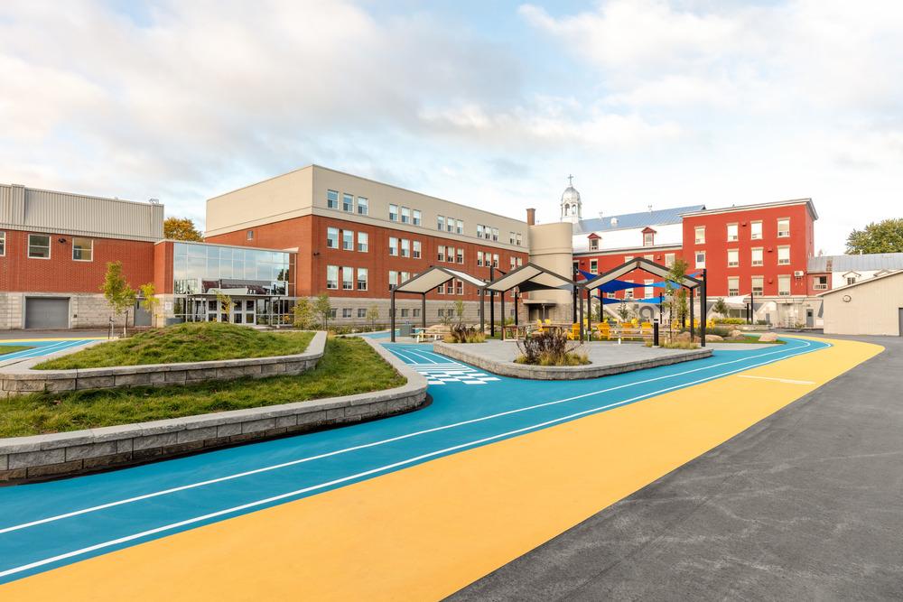 Collège Saint-Paul: llevar el interior al aire libre 5