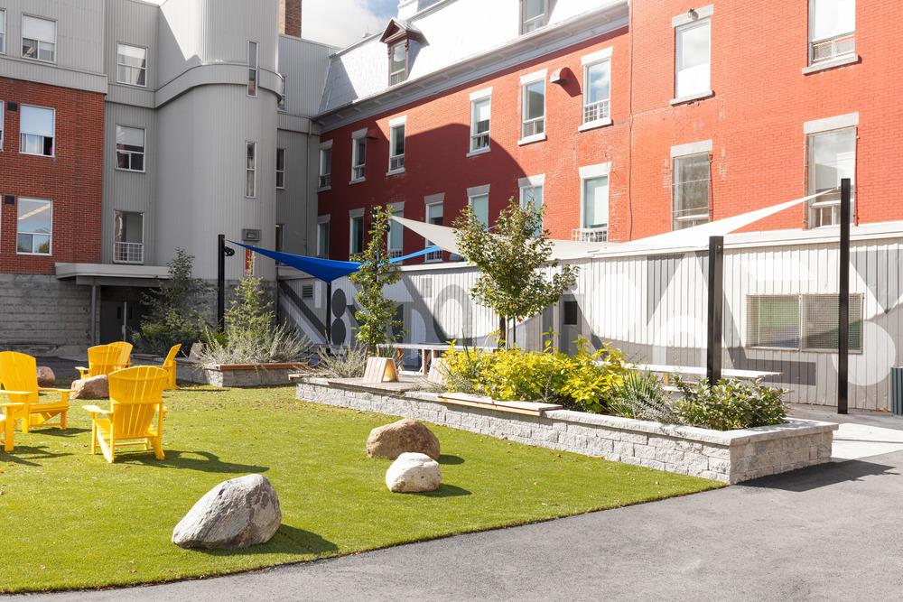 Collège Saint-Paul: llevar el interior al aire libre 7