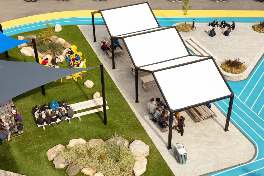 Collège Saint-Paul: llevar el interior al aire libre 9