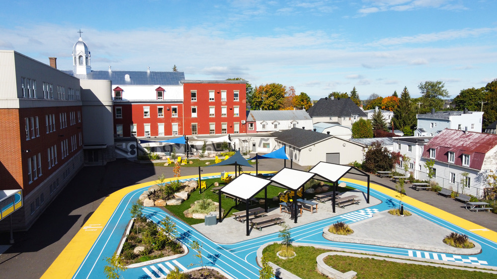 Collège Saint-Paul: llevar el interior al aire libre 11