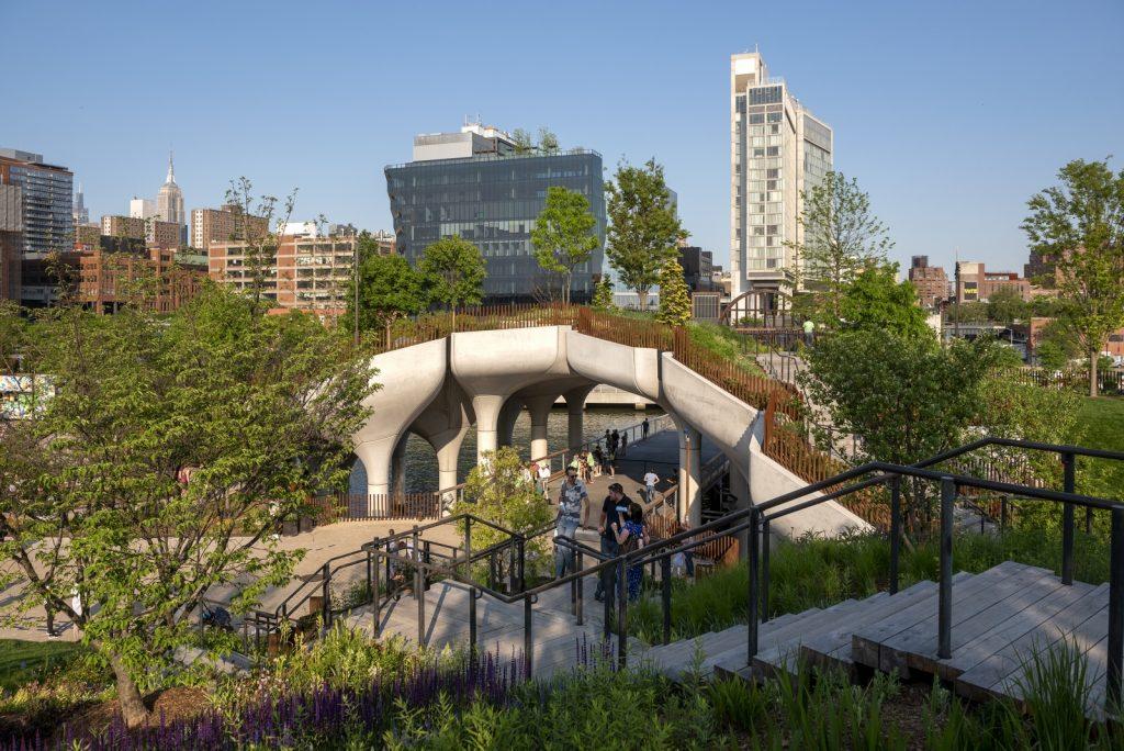 Thomas Heatherwick completó el parque y el teatro de Little Island en la ciudad de Nueva York 1