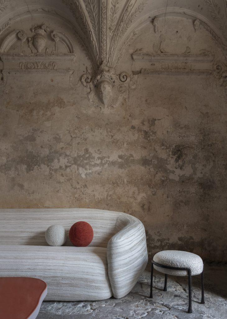 Pierre Yovanovitch anuncia el lanzamiento de su marca de muebles: Pierre Yovanovitch Mobilier 36