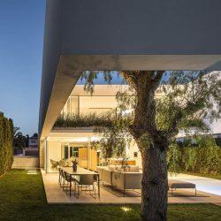 Paraíso privado: La casa de los tres árboles, por Gallardo Llopis Arquitecto 15