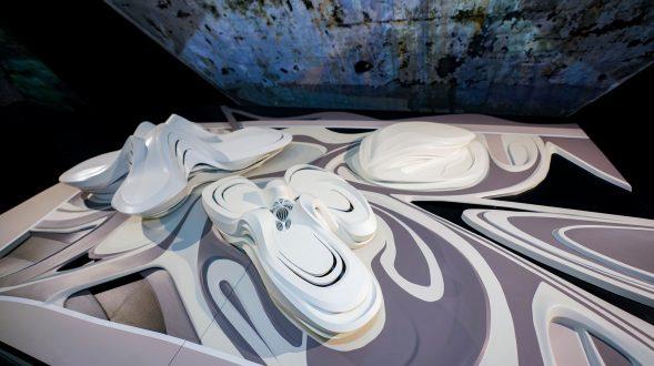 MAM Shanghai presenta la primera exposición de Zaha Hadid Architects en China continental, con una muestra retrospectiva de proyectos que datan desde 1982 hasta la actualidad 15
