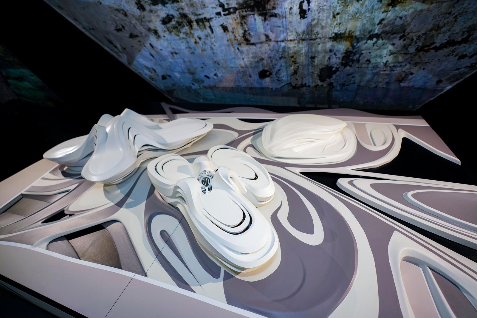 MAM Shanghai presenta la primera exposición de Zaha Hadid Architects en China continental, con una muestra retrospectiva de proyectos que datan desde 1982 hasta la actualidad 10