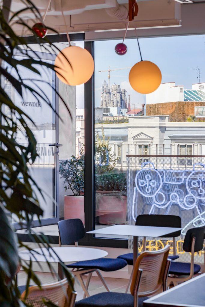 Diversión y algo de trabajo: nuevas oficinas de Xcelirate en Barcelona por Lagranja Design 12