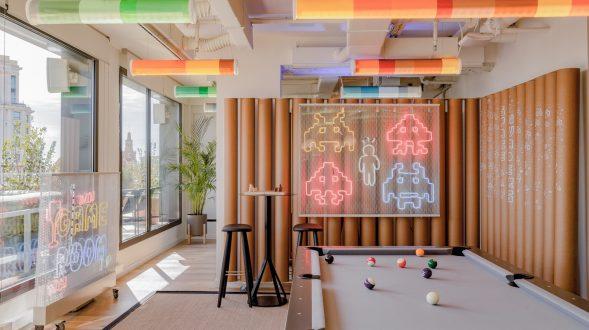 Diversión y algo de trabajo: nuevas oficinas de Xcelirate en Barcelona por Lagranja Design 41