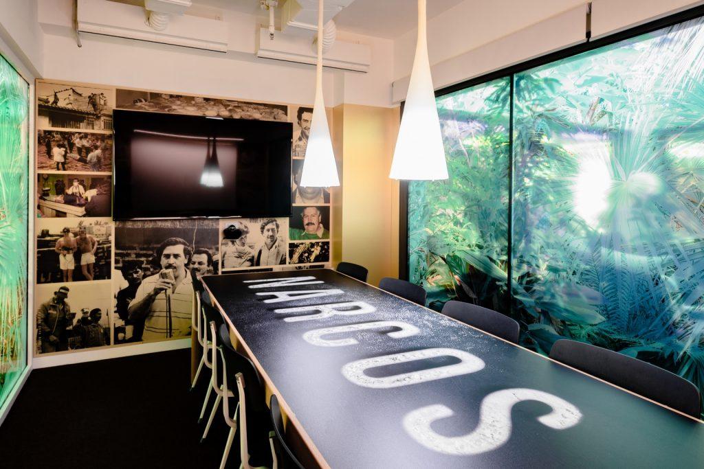 Diversión y algo de trabajo: nuevas oficinas de Xcelirate en Barcelona por Lagranja Design 9