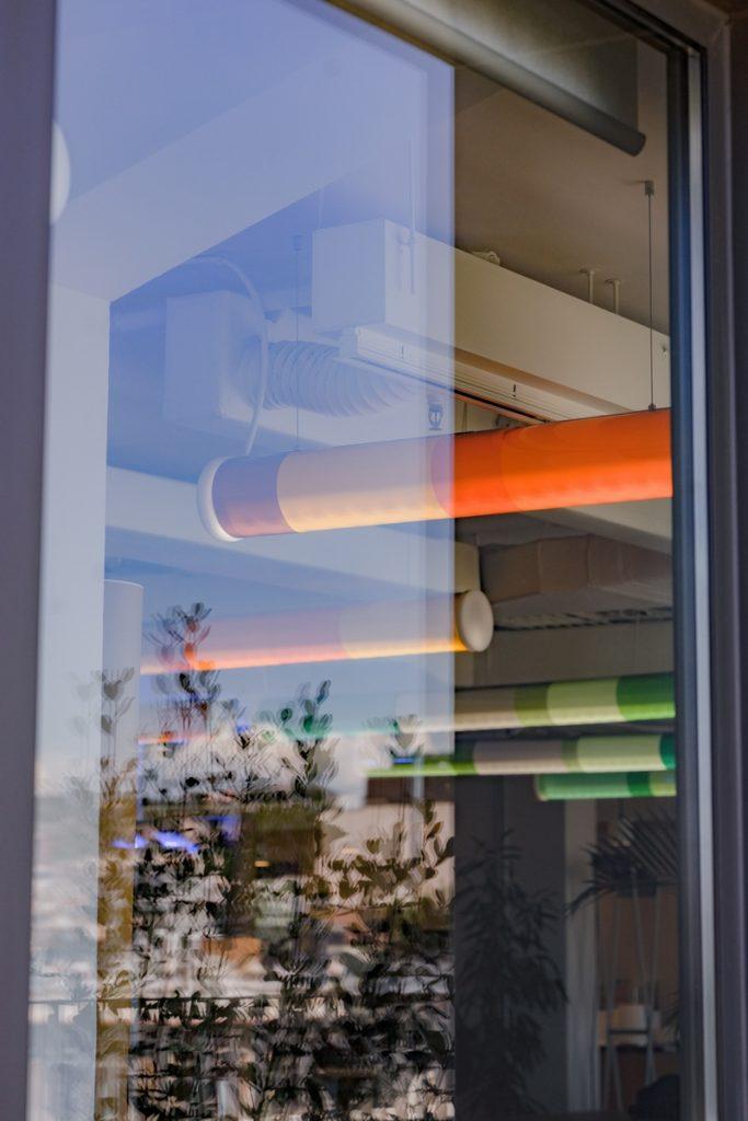 Diversión y algo de trabajo: nuevas oficinas de Xcelirate en Barcelona por Lagranja Design 20