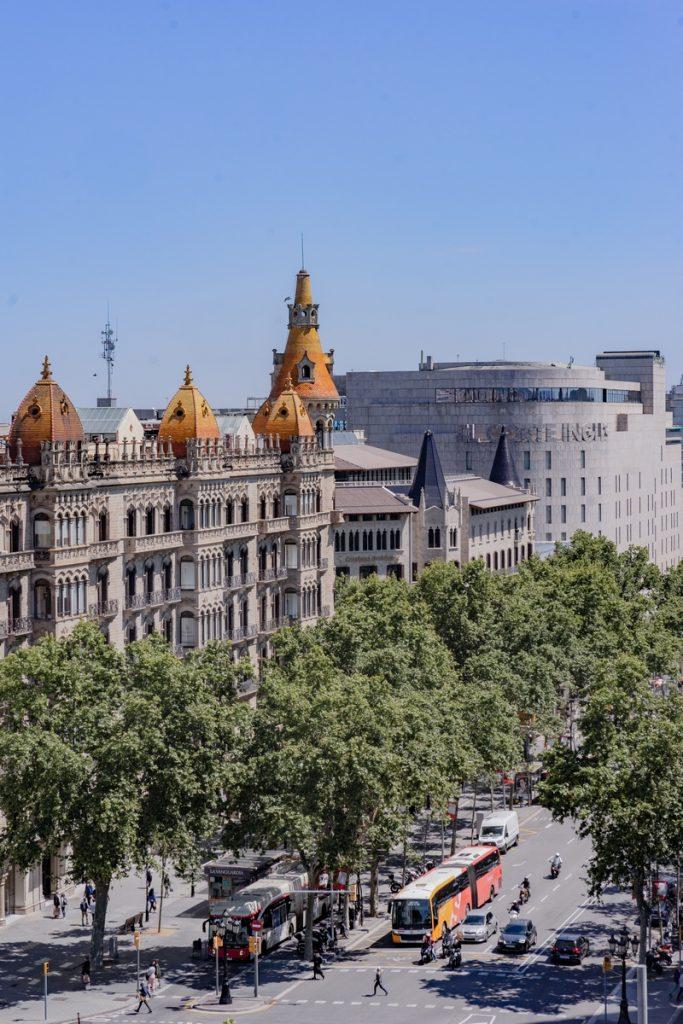 Diversión y algo de trabajo: nuevas oficinas de Xcelirate en Barcelona por Lagranja Design 1