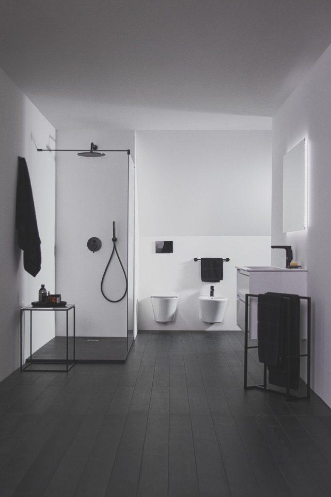 Atrévete a ser diferente con el nuevo acabado negro seda de Ideal Standard 6