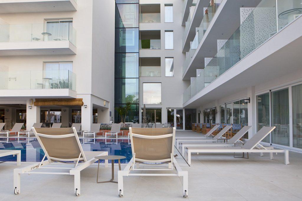 Frescura mediterránea y 'lifestyle casual' en el hotel MIM Mallorca, proyectado por Arquitectura GMM 30